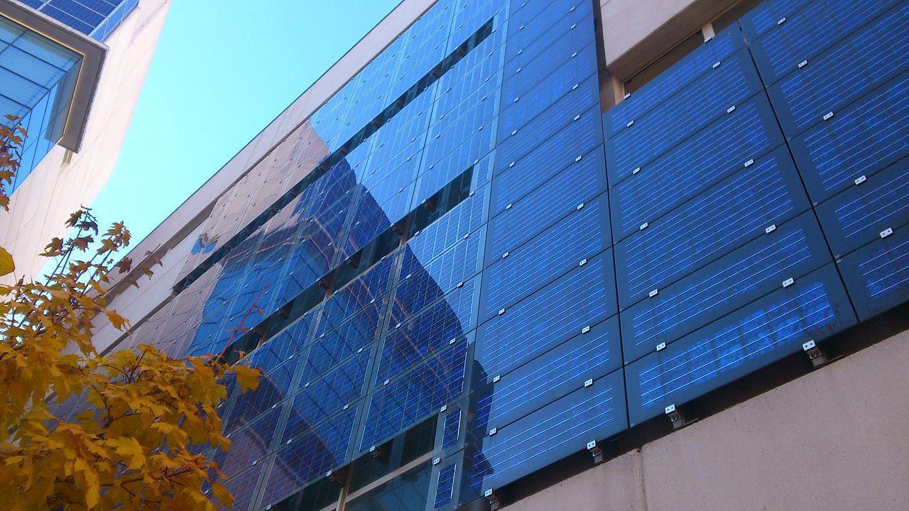bifacial-solar-panels